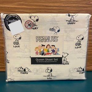 Berkshire Peanuts Queen Sheet Set Snoopy